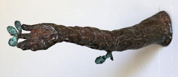Sculpture in bronze Daphne´s arm by Eva Mossing Larsen