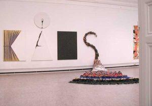 Konstverket KÅKS - Olle Kåks utställning på Konstakademien 2002 i Stockholm.