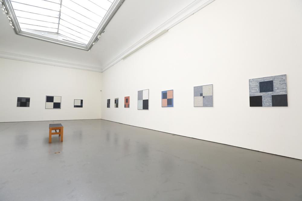 Tio målningar av Kjell Strandqvist 2019 på Konstakademien.