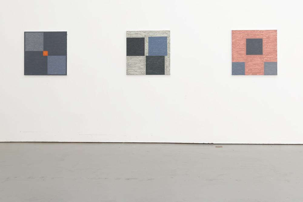 Kjell Strandqvists målningar 11-13, akryl på smärting.
