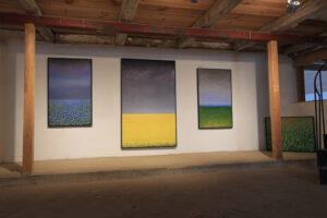 Maria Hillfons målningar i utställningsrum 2.